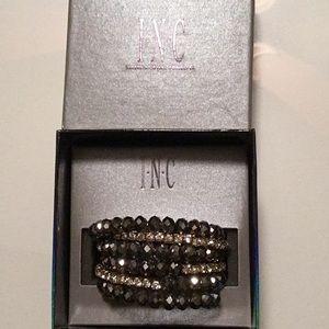 💕 INC Hematite Crystal Coil Bracelet NWT